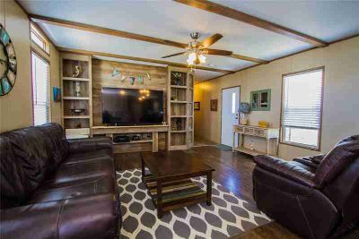 819 22nd Street San Leon Three BR, This property sits on 19 lots
