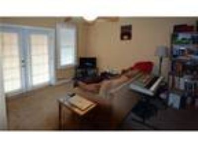 Menasha, prime location 1 BR, House