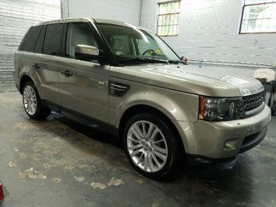2011 Land Rover Range Rover Sport HSE (Beige)