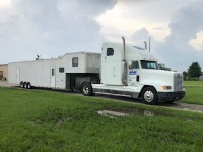 2000 Freightler and 2008 Interstate Trailer with living quar