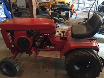 Wheel horse garden tractor