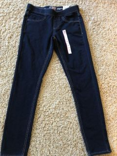 Brand new with tags SO brand adjustable waist, soft denim jeggings
