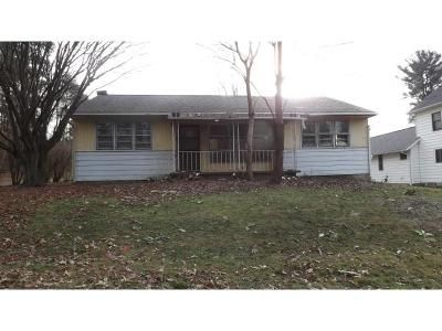 3 Bed 1 Bath Foreclosure Property in Pittston, PA 18641 - Lloyd St