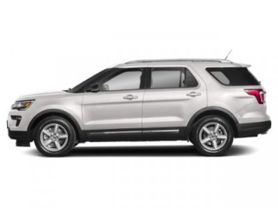 2019 Ford Explorer XLT (White Platinum Metallic Tri-Coat)