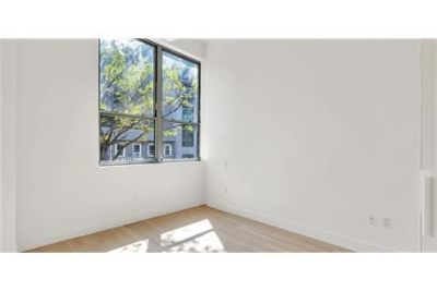 Lease Spacious 1+1. Approx 787 sf of Living Space. Pet OK!
