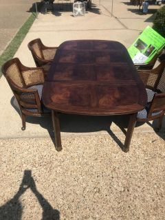 Henredon Gaming Table with 4 chairs