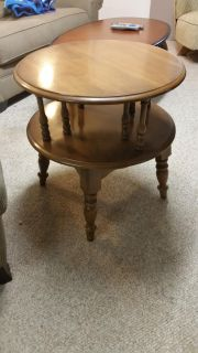 Round pine end table