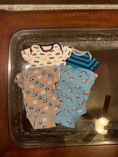 Newborn onesie lot- euc