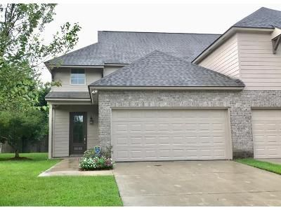 3 Bed 2.5 Bath Foreclosure Property in Prairieville, LA 70769 - Pinehurst Dr