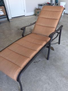 Tropitone Chaise Outdooor Loungers (2 AVAILABLE)
