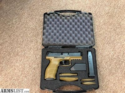For Sale: Like New H&K VP40 40 S&W Flat Dark Earth (FDE) with Night Sights