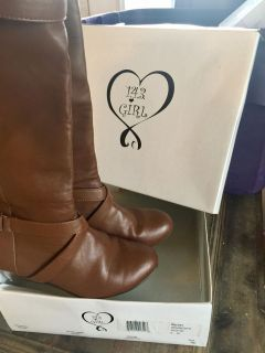 NEW!! 143 GIRL Brand Brown Wedge Buckle Accent Boots - Size 8 M