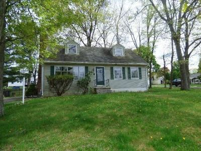 3 Bed 1 Bath Foreclosure Property in Middletown, NY 10940 - Wawayanda Ave
