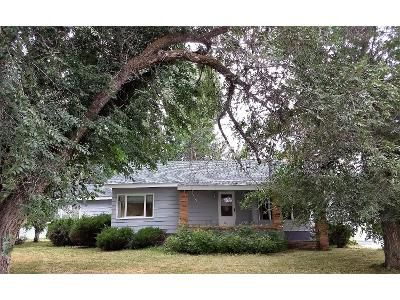3 Bed 1.5 Bath Foreclosure Property in Sheridan, WY 82801 - 5th Ave E