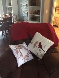Queen size Christmas red bed spread