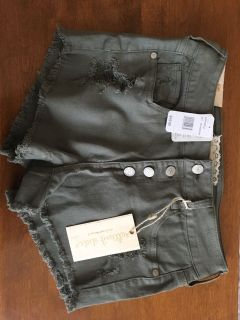 NWT Altard state shorts