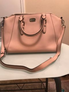 Large size Michael Kors baby pink handbag with removable cross body strap