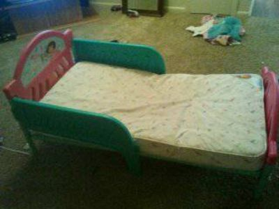 toddler bed $35