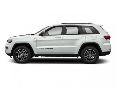 2018 Jeep Grand Cherokee Trailhawk (Bright White Clearcoat)