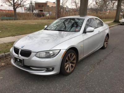 2011 BMW Integra 328i xDrive (Titanium Silver Metallic)