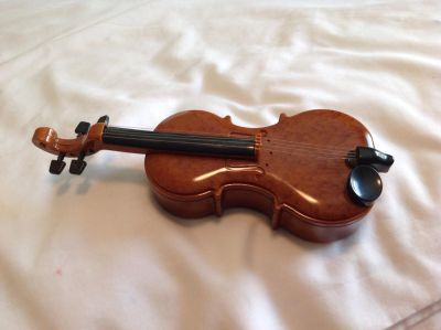 Toy Violin. Probably could be used with 18 inch dolls