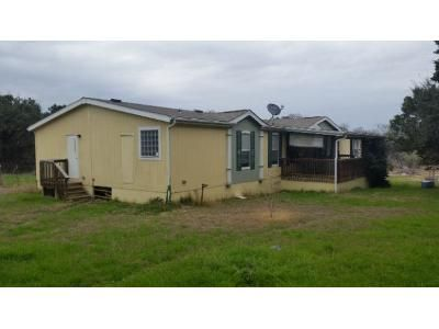 4 Bed 2 Bath Foreclosure Property in Bandera, TX 78003 - Wright Dr