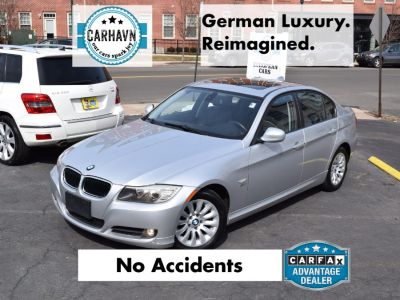 2009 BMW 3-Series 328xi (Titanium Silver Metallic)