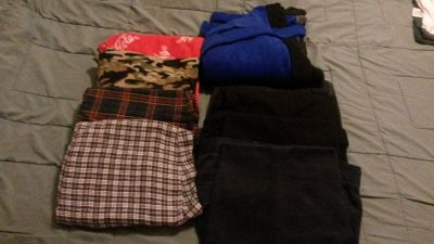 Boys Dress Pants(4), sleep pants(4) & bath robe(1) Sz 14 - 16