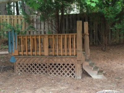 stand alone wooden 8'X6' raised deck
