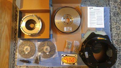 Pontiac Quick Time Bellhousing , Flywheel & Dual Disc Cl