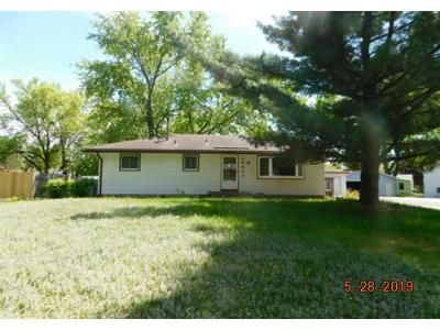 3 Bed 1 Bath Foreclosure Property in Osseo, MN 55369 - 100th Ave N