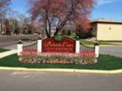 Parkside Court - One BR 765 sq.ft.