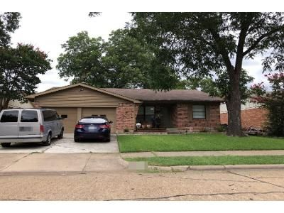 3 Bed 2 Bath Preforeclosure Property in Garland, TX 75042 - Sweetbriar Dr