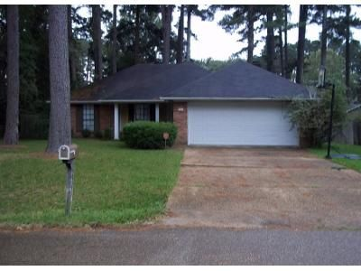 3 Bed 5 Bath Preforeclosure Property in Madison, MS 39110 - Traceview Rd