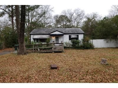 3 Bed 1 Bath Preforeclosure Property in Macon, GA 31206 - Dalton St