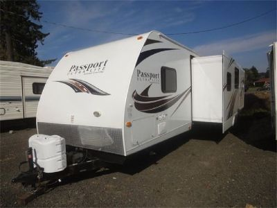 2013 Keystone Passport 3220 Quad Bunks Travel Trailer