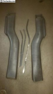 Pair of 221259622 used bus door air vent channel