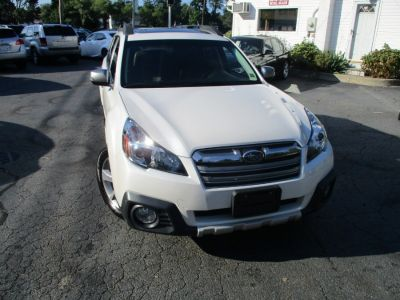 2013 Subaru Outback 3.6R Limited (Satin White Pearl)