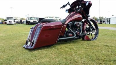 Purchase 2009-2013 HARLEY DAVIDSON DOWN & OUT SADDLEBAGS BAGGER FULL KIT FLH ROAD GLIDE motorcycle in Miami, Florida, United States, for US $1,895.00
