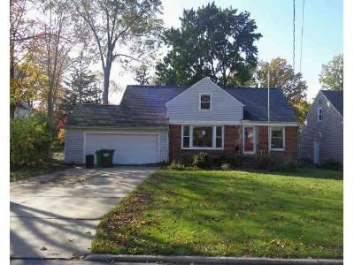 4 Bed 1 Bath Foreclosure Property in Euclid, OH 44132 - E 276th St
