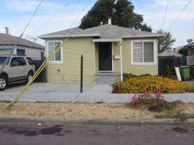 2 Bed 1 Bath Preforeclosure Property in Oakland, CA 94621 - 84th Ave