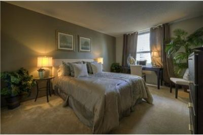 Fantastic 2 Bedroom Located in River North