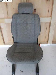 T4 folding single seat