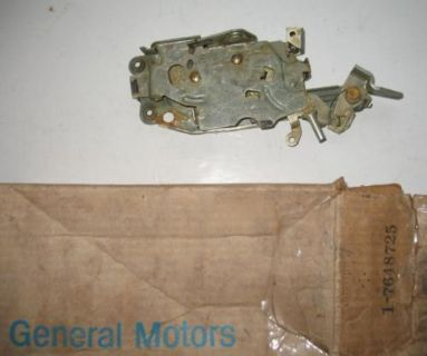 Find NOS 1967 CHEVROLET CAMARO RALLY SPORT CAMARO SS LH DOOR LOCK ASSEMBLY 7648725 motorcycle in Darien, Connecticut, United States