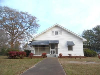 3 Bed 1 Bath Foreclosure Property in Woodruff, SC 29388 - Lanford Rd