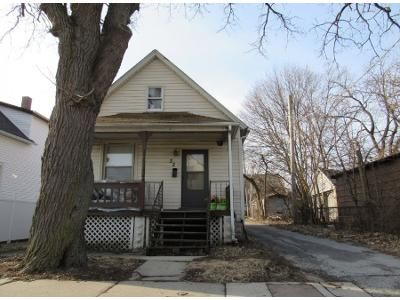 3 Bed 1 Bath Preforeclosure Property in Chicago Heights, IL 60411 - W Mceldowney St