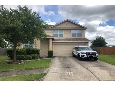 3 Bath Preforeclosure Property in La Marque, TX 77568 - Silver Reef Ln
