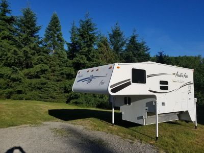 2006 Northwood Arctic Fox 811