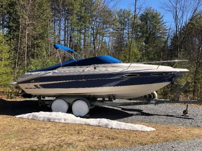 1995 Sea Ray 240 Overnighter with 560 hours & Trailer
