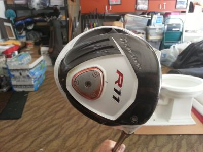 DRIVER TAYLORMADE R11